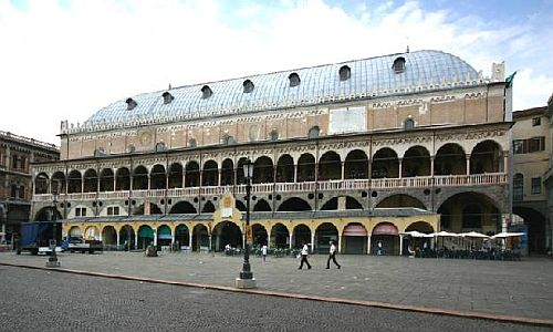 Piazza della Frutta Padova